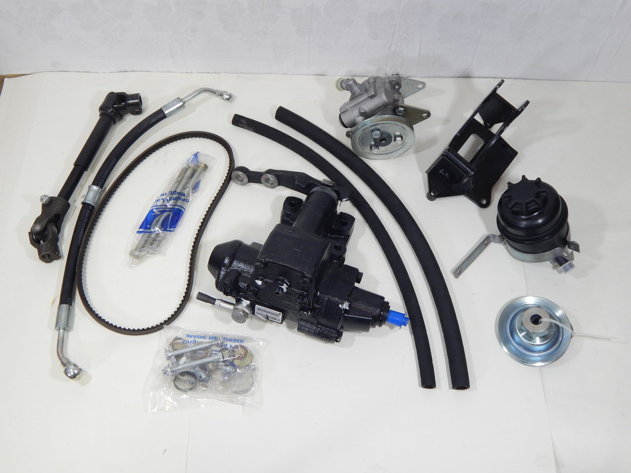 How Much Is A Power Steering Pump >> Power Steering Set Power Steering Power Steering Pump And Much More Lada Niva 4x4 1700cc